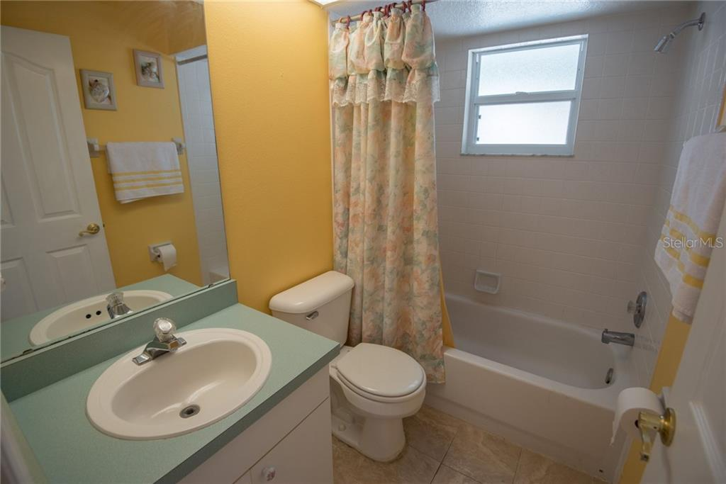2nd Bathroom - Single Family Home for sale at 7718 36th Ln E, Sarasota, FL 34243 - MLS Number is A4181555