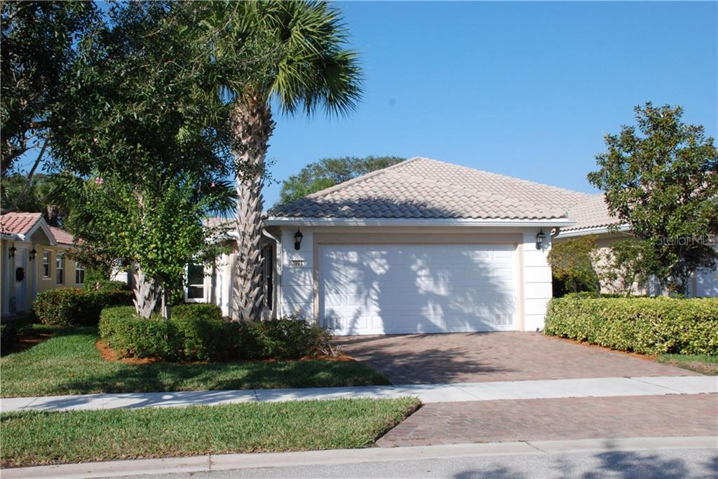Villa for sale at 5994 Benevento Dr, Sarasota, FL 34238 - MLS Number is A4182054