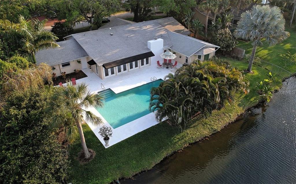Single Family Home for Sale at 1525 Eastbrook Dr Sarasota, Florida,34231 United States