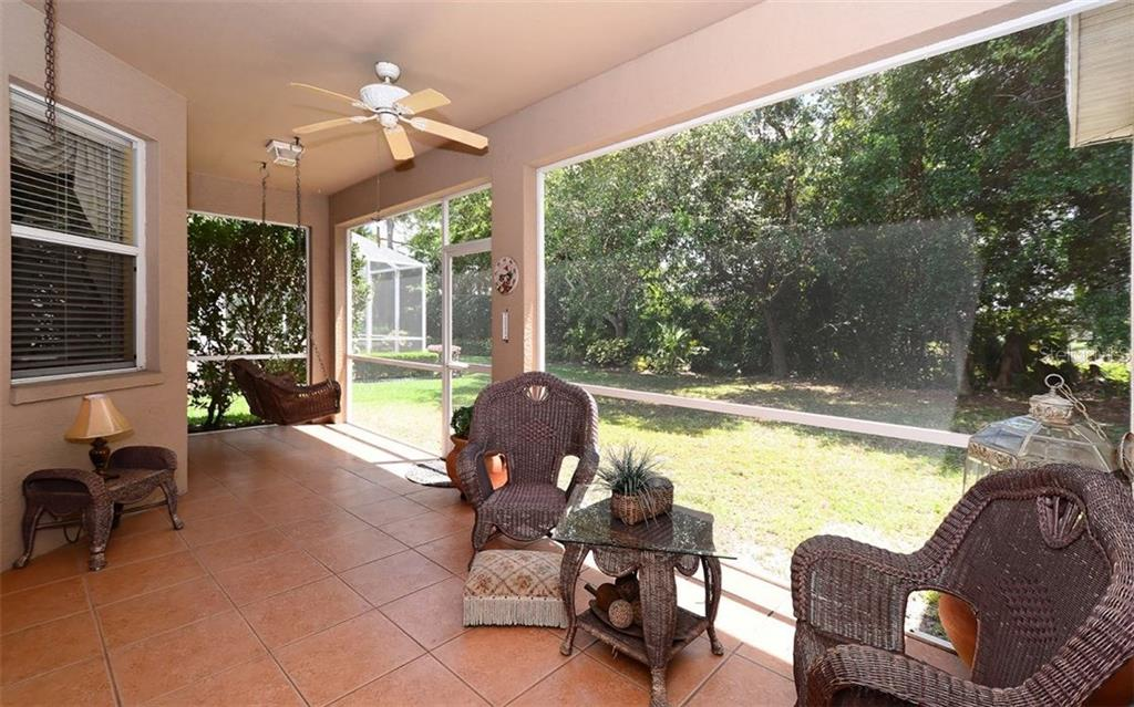 Single Family Home for sale at 4972 Creekside Trl, Sarasota, FL 34243 - MLS Number is A4183703