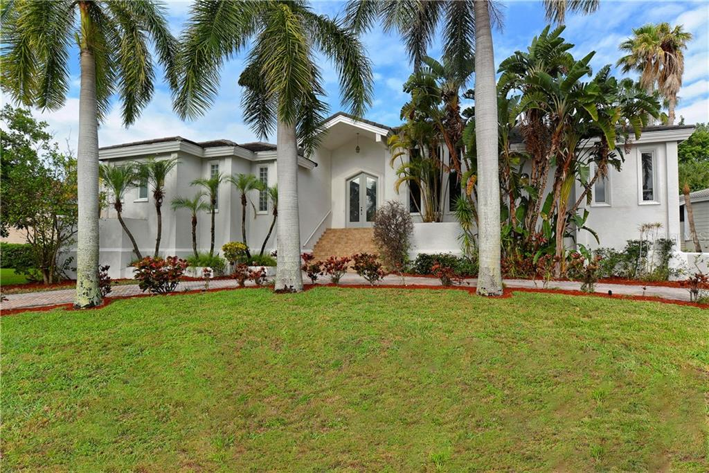 HOA Disclosure - Single Family Home for sale at 3610 Bayou Cir, Longboat Key, FL 34228 - MLS Number is A4184365