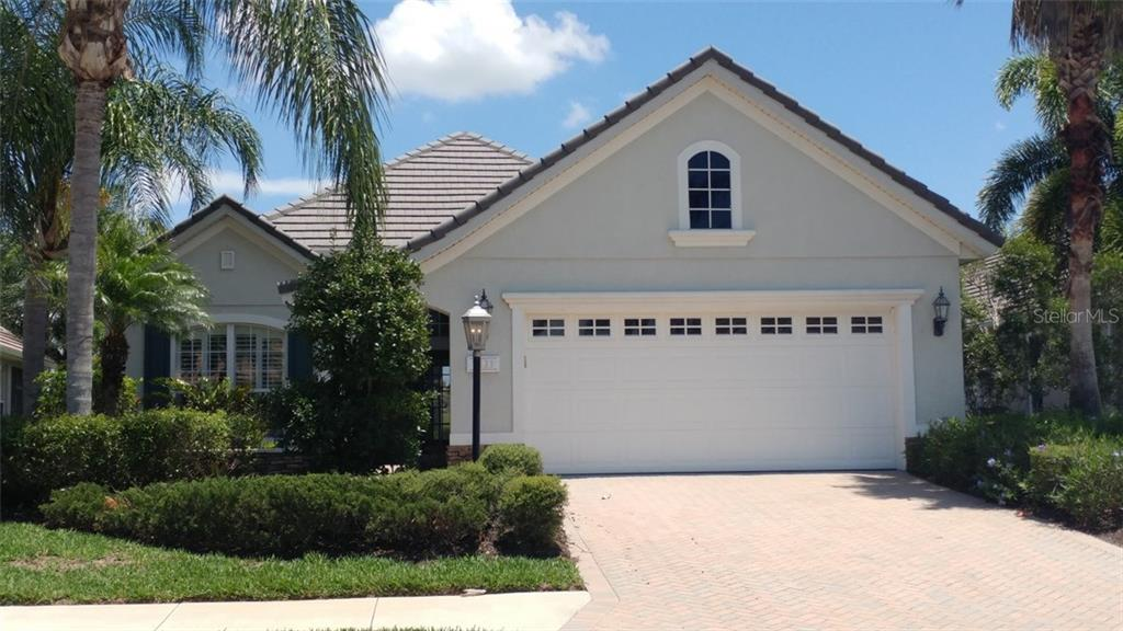 Single Family Home for sale at 7111 Sandhills Pl, Lakewood Ranch, FL 34202 - MLS Number is A4185112