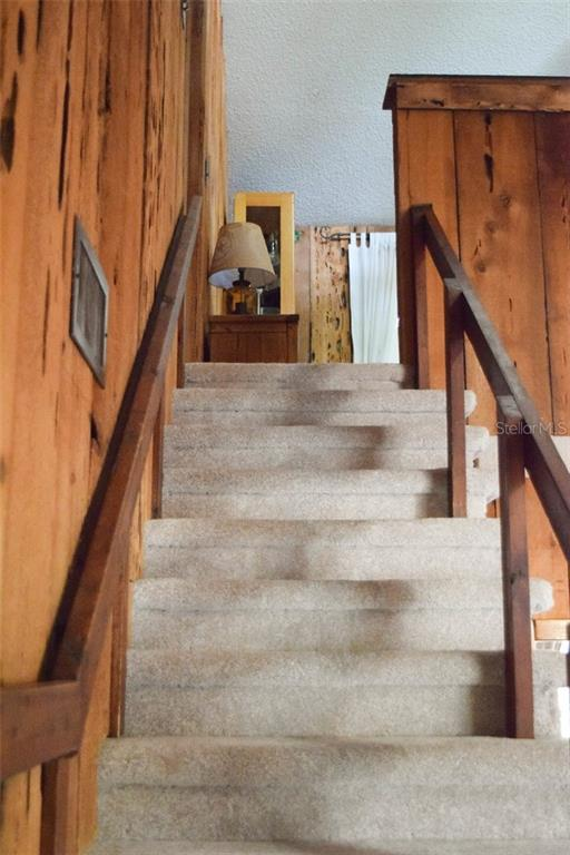 Stairs - Single Family Home for sale at 1019 51st Ave E, Bradenton, FL 34203 - MLS Number is A4185257