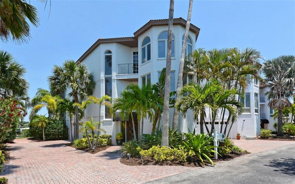 Exterior Front - Single Family Home for sale at 3380 Gulf Of Mexico Dr, Longboat Key, FL 34228 - MLS Number is A4185604