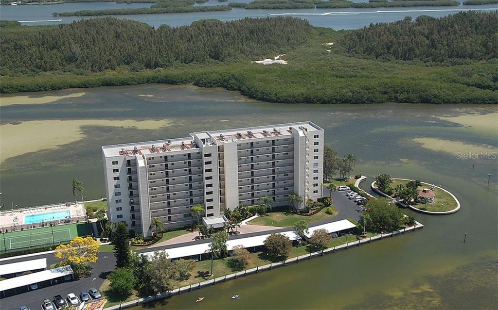 Aerial view - Condo for sale at 9397 Midnight Pass Rd #403, Sarasota, FL 34242 - MLS Number is A4185842