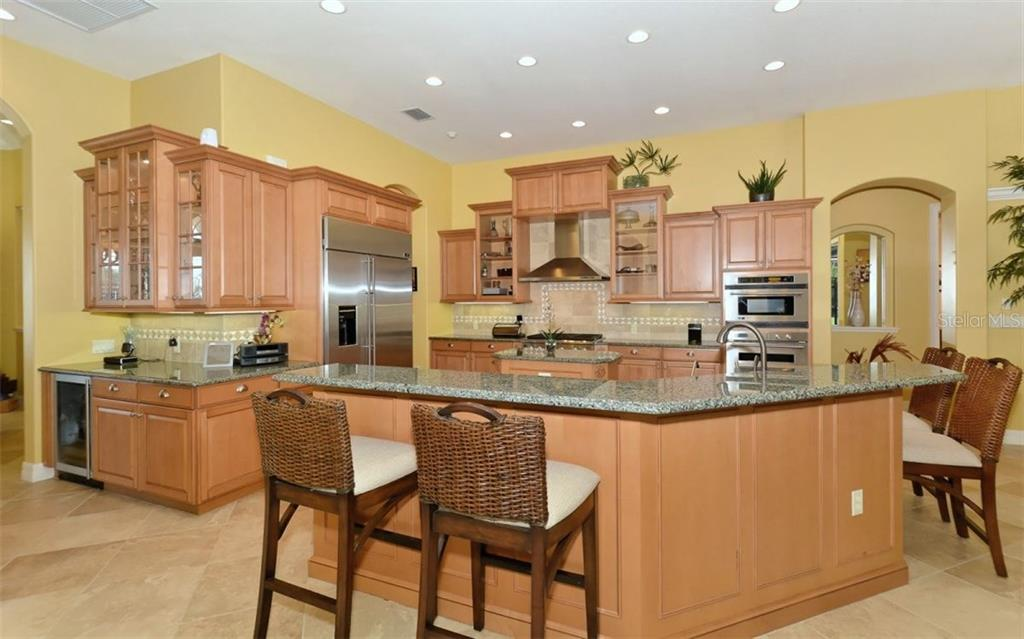 Single Family Home for sale at 22610 Morning Glory Cir, Bradenton, FL 34202 - MLS Number is A4186378