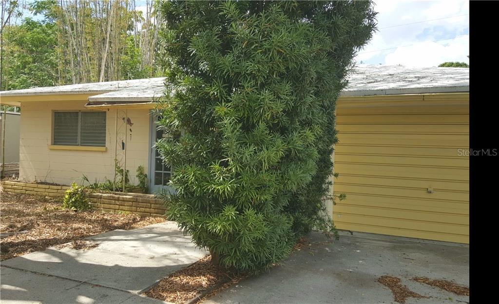 Single Family Home for sale at 2645 Nassau St, Sarasota, FL 34231 - MLS Number is A4186420