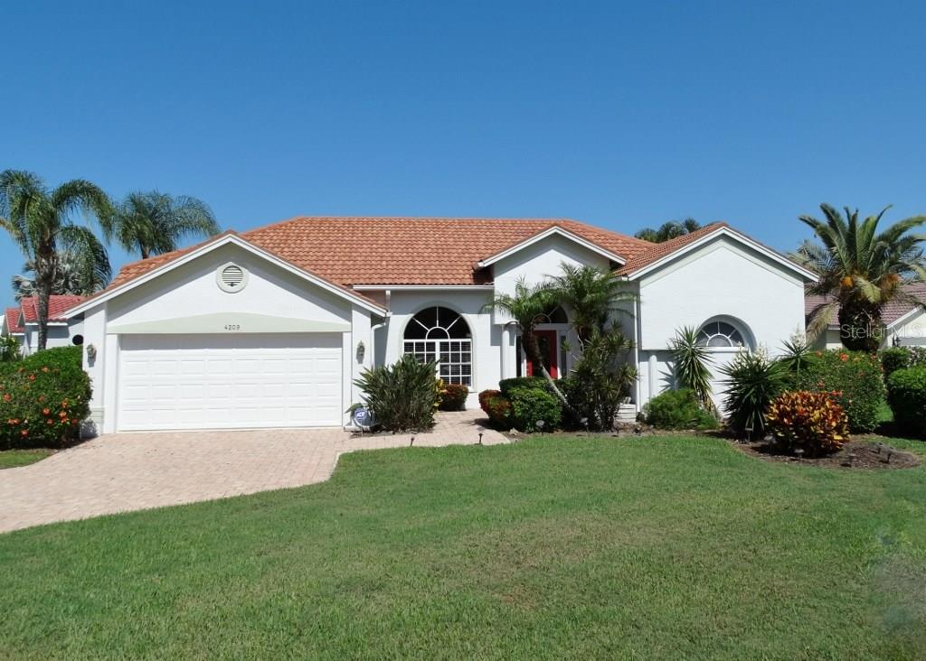 Single Family Home for sale at 4209 Hearthstone Dr, Sarasota, FL 34238 - MLS Number is A4186987