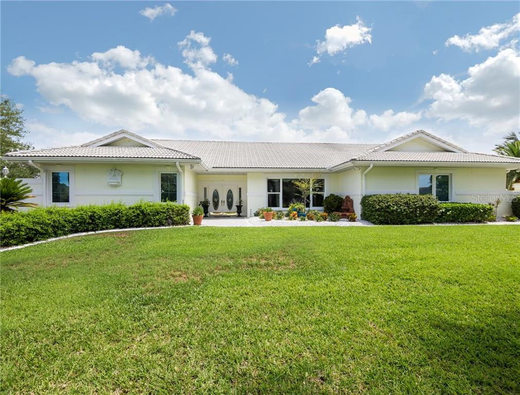 Single Family Home for sale at 392 Cezanne Dr, Osprey, FL 34229 - MLS Number is A4187320