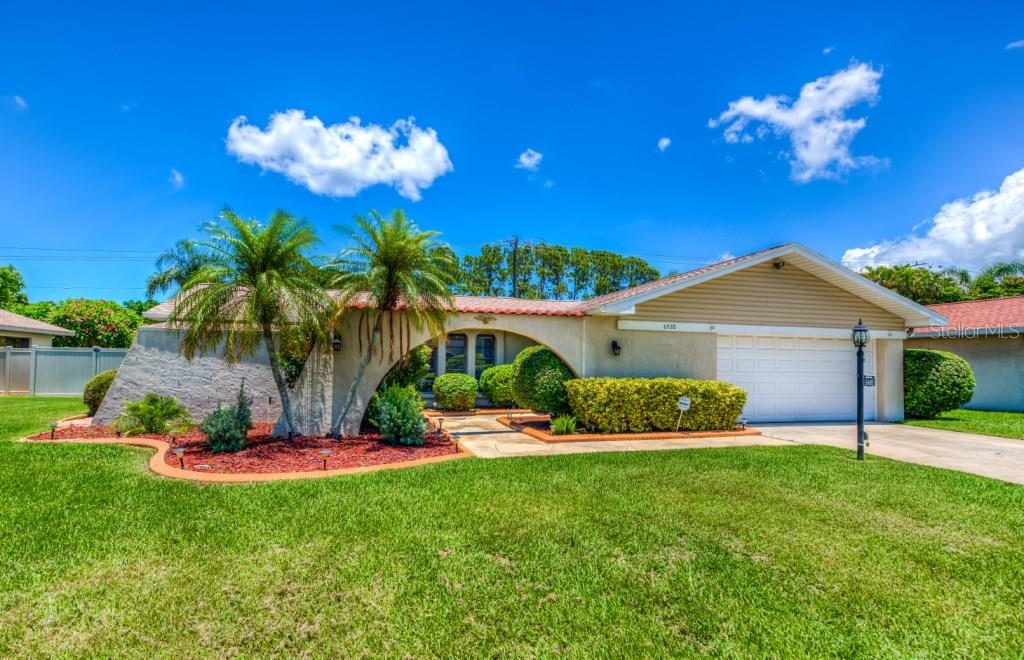 Single Family Home for sale at 6920 4th Avenue Dr Nw, Bradenton, FL 34209 - MLS Number is A4188004