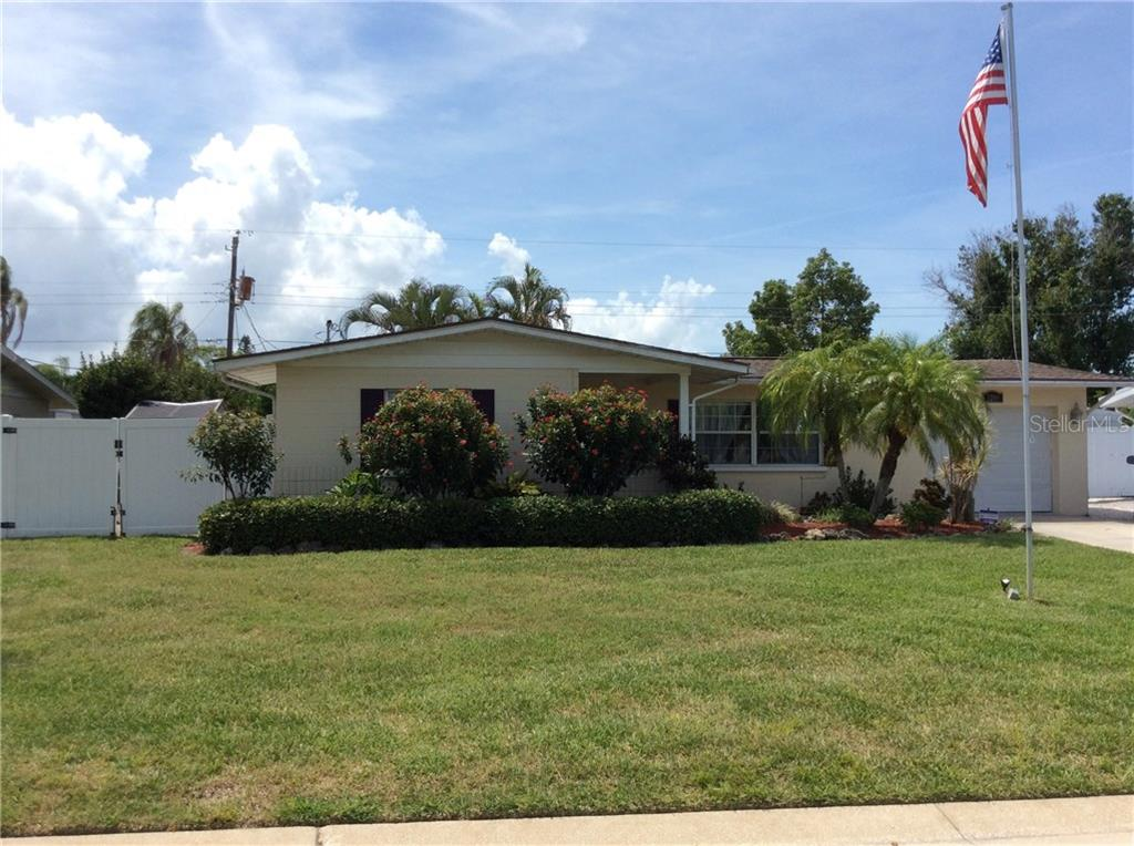 Single Family Home for sale at 3209 Highland Ave W, Bradenton, FL 34205 - MLS Number is A4188005
