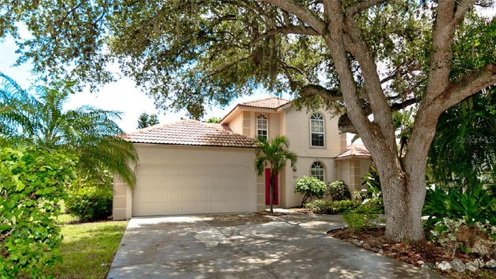 Single Family Home for sale at 120 Whispering Oaks Ct, Sarasota, FL 34232 - MLS Number is A4188906