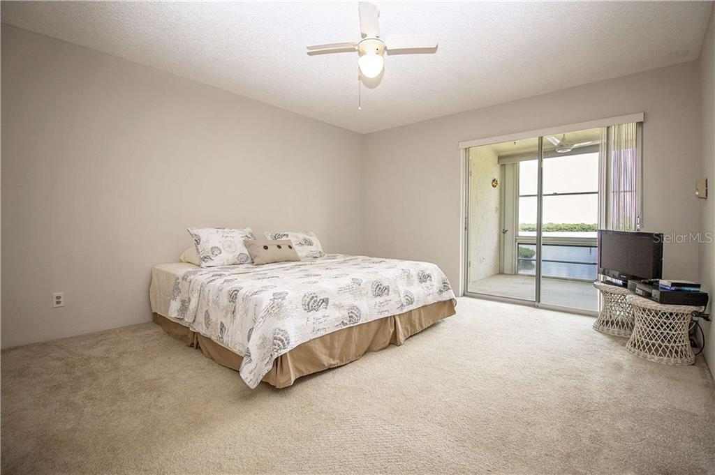 Condo for sale at 4500 Gulf Of Mexico Dr #206, Longboat Key, FL 34228 - MLS Number is A4188962