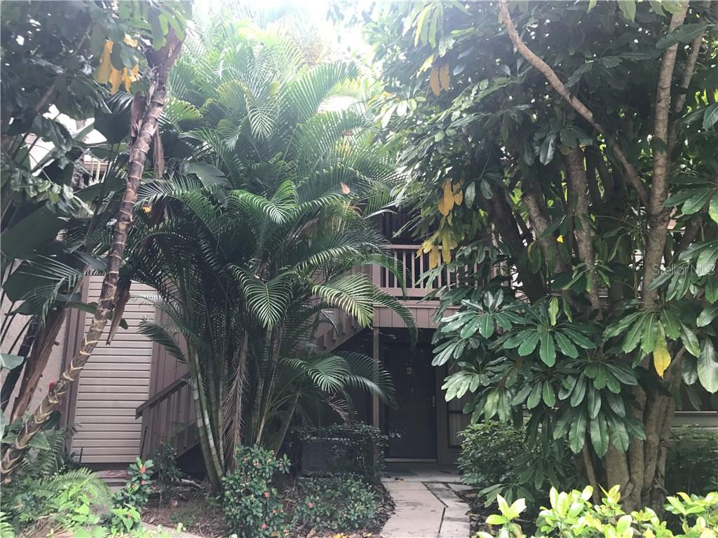 Condo for sale at 1687 Brookhouse Cir #220, Sarasota, FL 34231 - MLS Number is A4189026