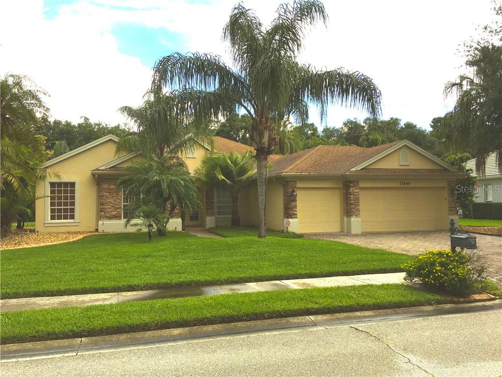 Single Family Home for sale at 13144 Peregrin Cir, Bradenton, FL 34212 - MLS Number is A4189308