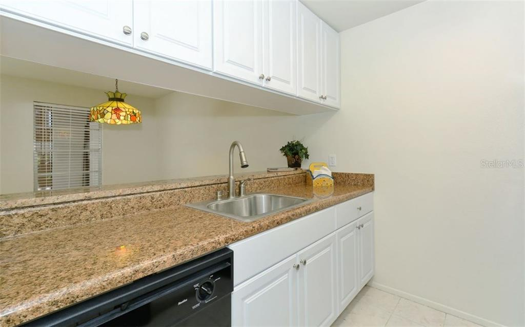 Condo for sale at 3827 59th Ave W #4157, Bradenton, FL 34210 - MLS Number is A4190340