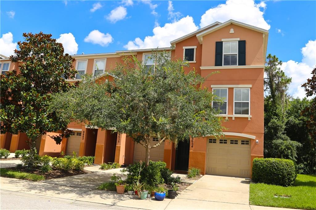 Exterior - Townhouse for sale at 8654 Majestic Elm Ct, Lakewood Ranch, FL 34202 - MLS Number is A4191082