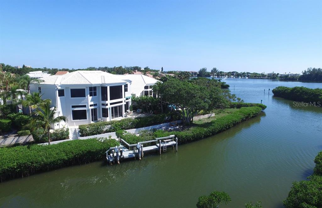 Single Family Home for sale at 3574 Fair Oaks Way, Longboat Key, FL 34228 - MLS Number is A4191487