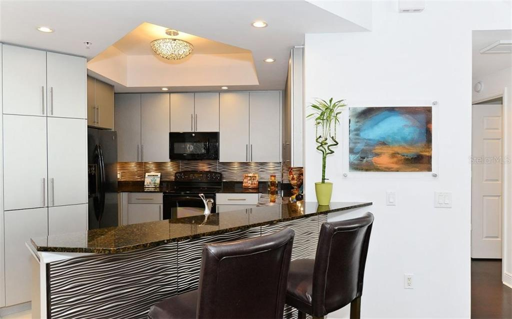 BREAKFAST BAR - Condo for sale at 100 Central Ave #h716, Sarasota, FL 34236 - MLS Number is A4193586