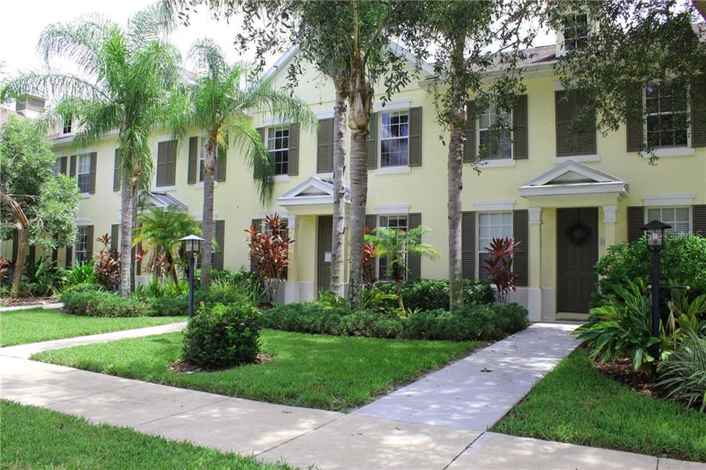 Townhouse for sale at 5661 Whitehead St, Bradenton, FL 34203 - MLS Number is A4195047