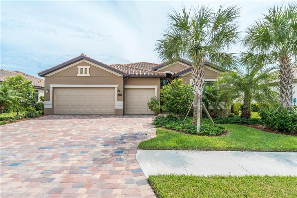 Single Family Home for sale at 6475 Willowshire Way, Bradenton, FL 34212 - MLS Number is A4196266