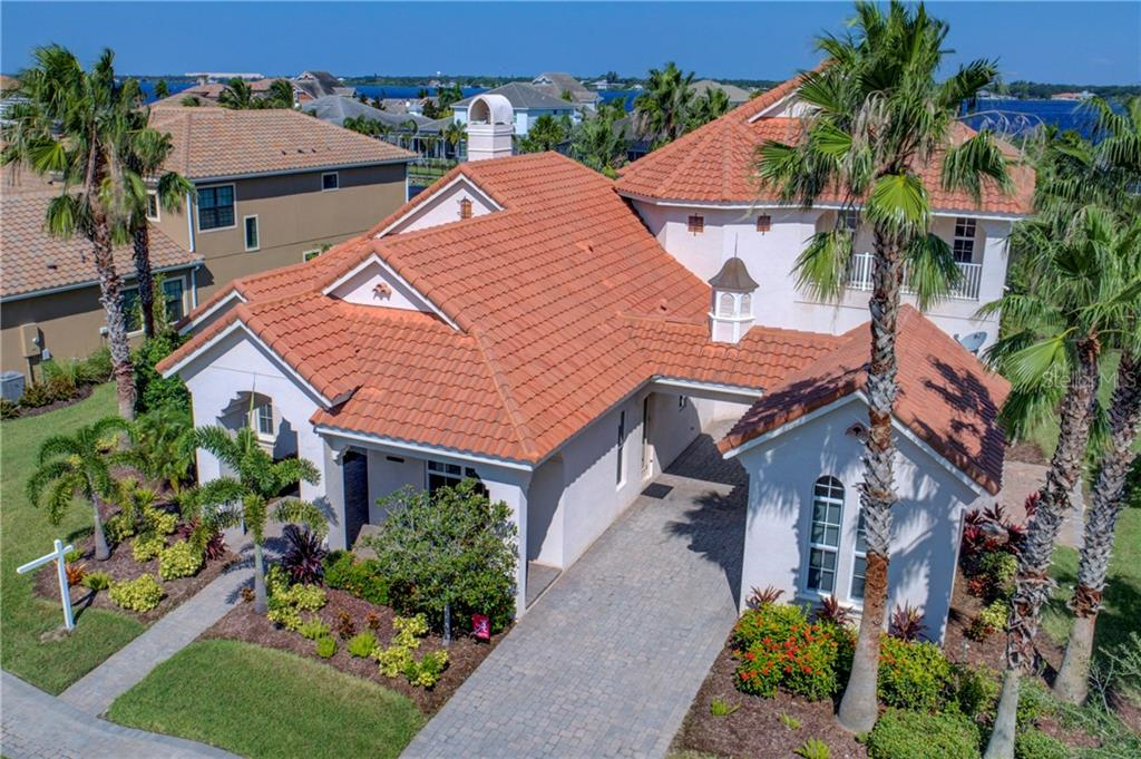 Large Executive waterfront home! Come inside and take a look! - Single Family Home for sale at 548 Fore Dr, Bradenton, FL 34208 - MLS Number is A4196590