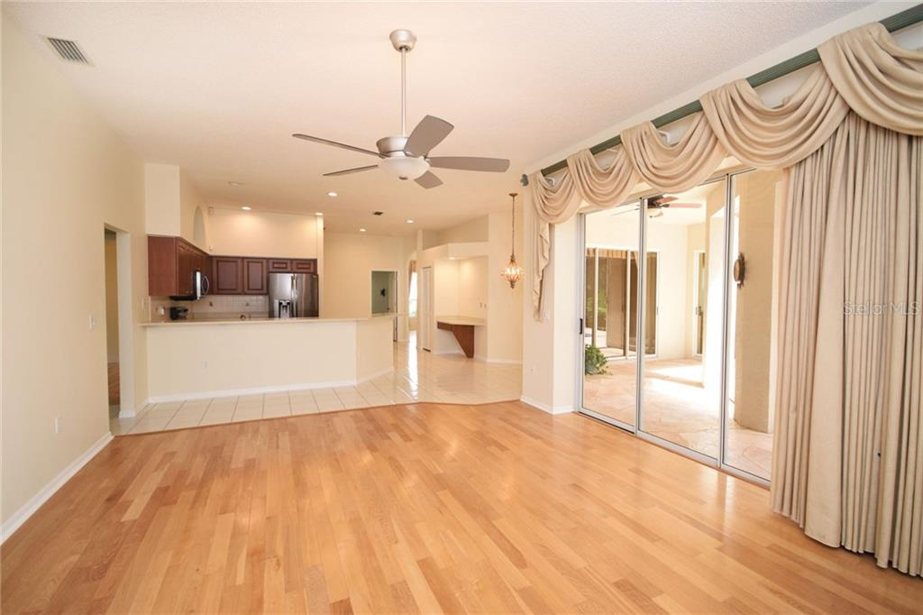 Family Room - Single Family Home for sale at 9520 Hawksmoor Ln, Sarasota, FL 34238 - MLS Number is A4197662