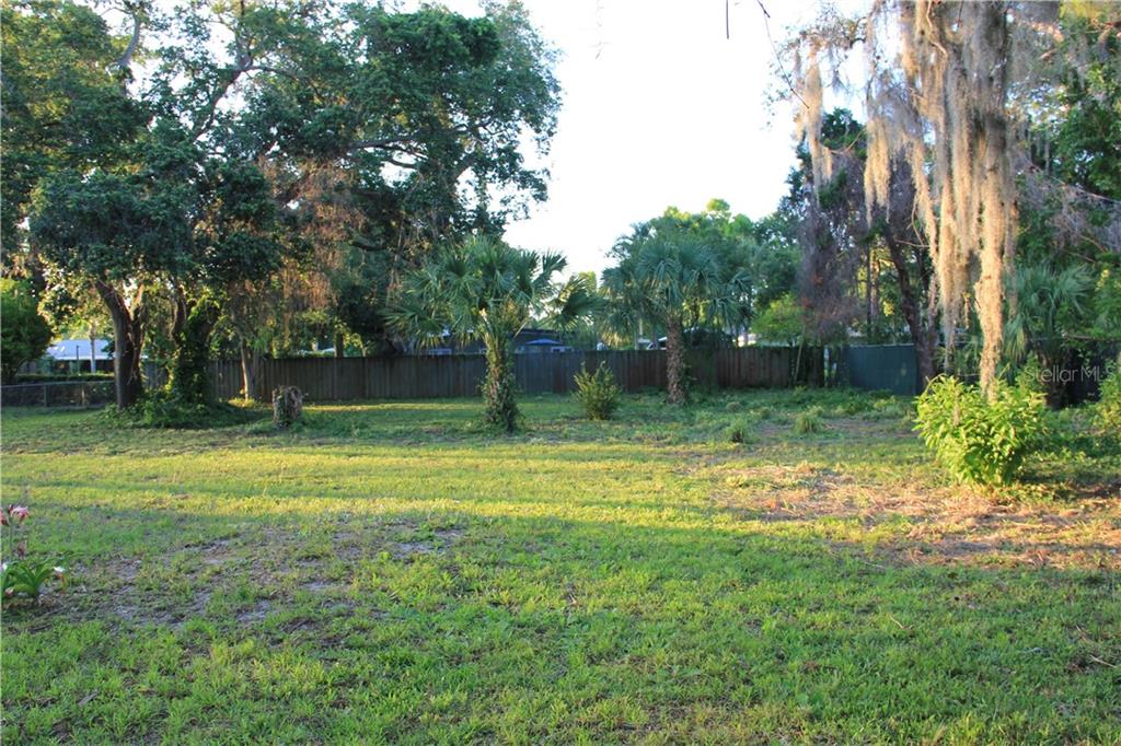 Vacant Land for sale at 333 Braden Ave, Sarasota, FL 34243 - MLS Number is A4198192