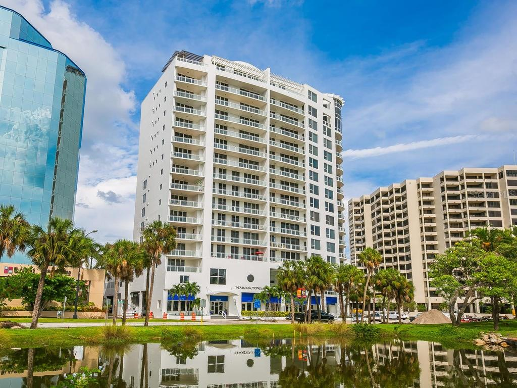 Condo for sale at 1233 N Gulfstream Ave #404, Sarasota, FL 34236 - MLS Number is A4198302