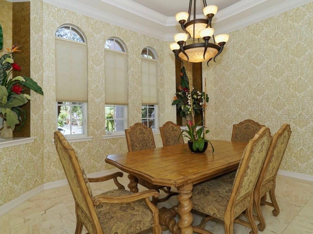 Dining Room - Single Family Home for sale at 8233 Midnight Pass Rd, Sarasota, FL 34242 - MLS Number is A4198436