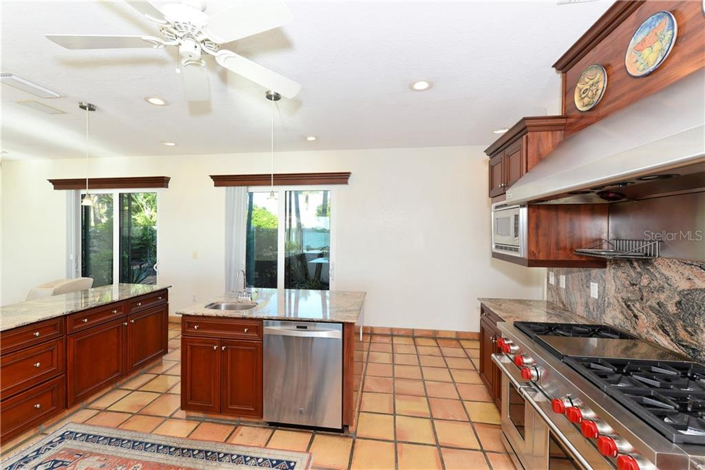 Single Family Home for sale at 663 Mourning Dove Dr, Sarasota, FL 34236 - MLS Number is A4200823