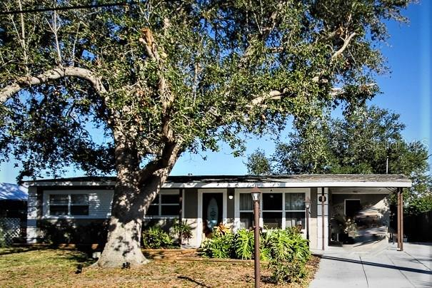 Single Family Home for sale at 6727 Georgia Ave, Bradenton, FL 34207 - MLS Number is A4202749