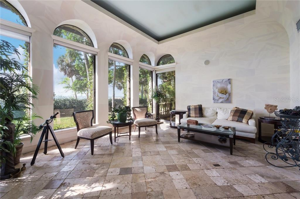 Single Family Home for sale at 2810 Bay Shore Rd, Sarasota, FL 34234 - MLS Number is A4202801
