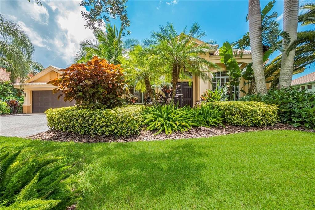 Single Family Home for sale at 8986 Wildlife Loop, Sarasota, FL 34238 - MLS Number is A4203369