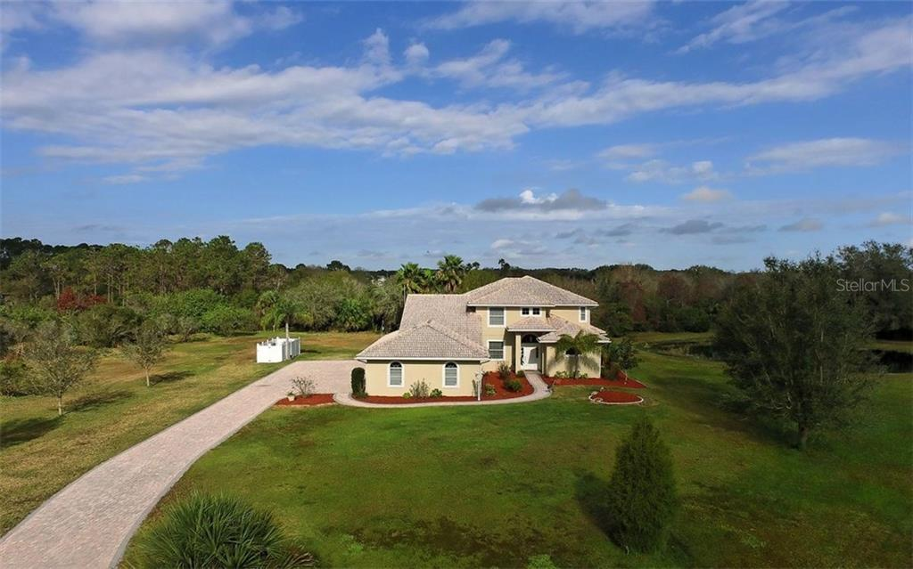 Single Family Home for sale at 10311 Saddle Horse Dr, Sarasota, FL 34241 - MLS Number is A4204576
