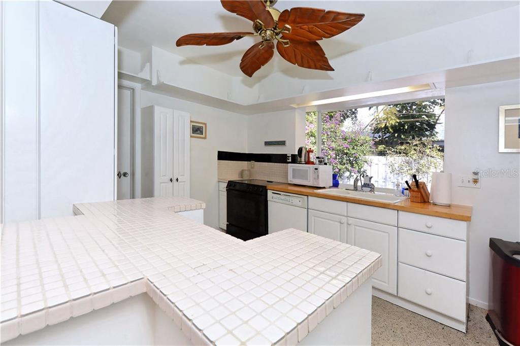 Single Family Home for sale at 4845 Brywill Cir, Sarasota, FL 34234 - MLS Number is A4207742