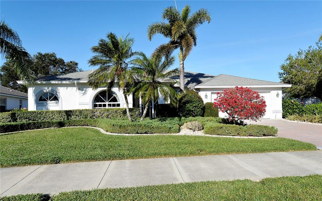 New Supplement - Single Family Home for sale at 8950 Grey Oaks Ave, Sarasota, FL 34238 - MLS Number is A4209101