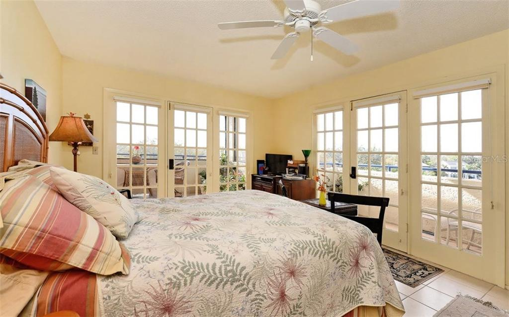 Master bedroom - Condo for sale at 835 S Osprey Ave #314, Sarasota, FL 34236 - MLS Number is A4210271