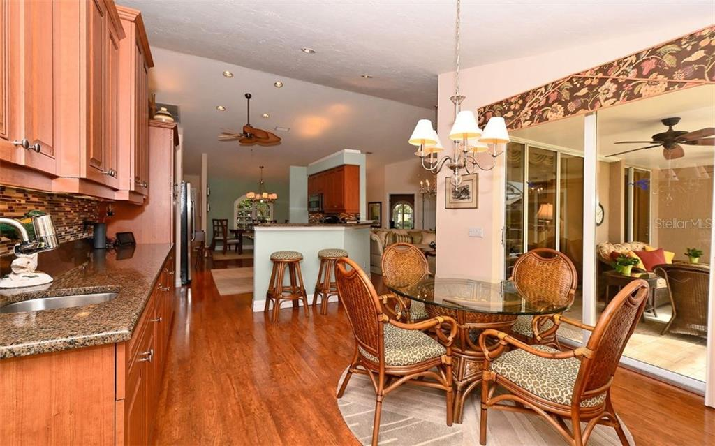 Dinette - Single Family Home for sale at 571 Khyber Ln, Venice, FL 34293 - MLS Number is A4210343