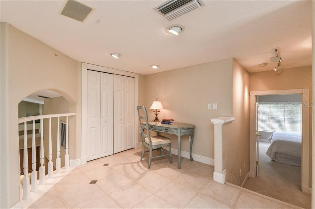 So many possibilities for this extra bonus space! - Single Family Home for sale at 5585 Siesta Estates Ct, Sarasota, FL 34242 - MLS Number is A4211109