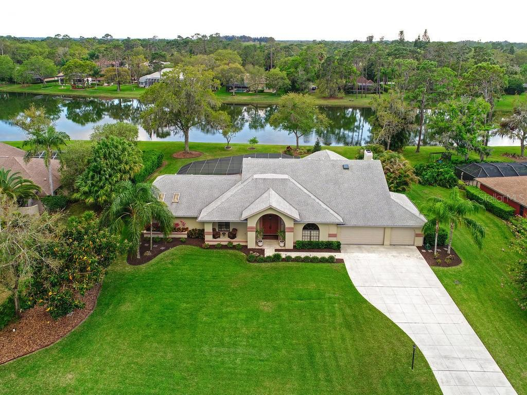 Single Family Home for sale at 7412 Weeping Willow Blvd, Sarasota, FL 34241 - MLS Number is A4211701
