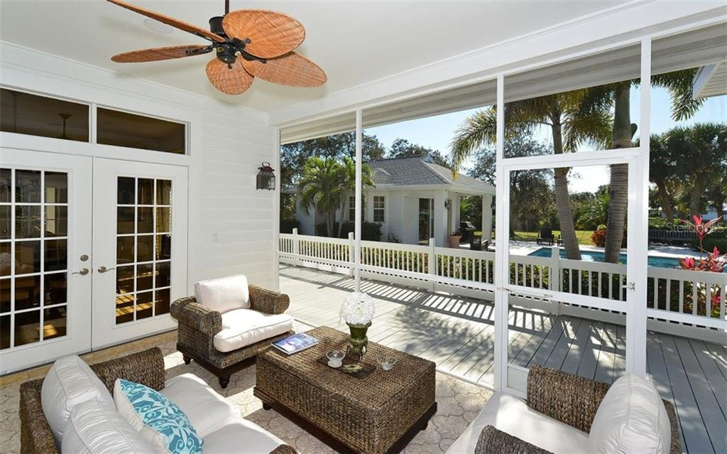 Single Family Home for sale at 411 Lychee Rd, Nokomis, FL 34275 - MLS Number is A4213484