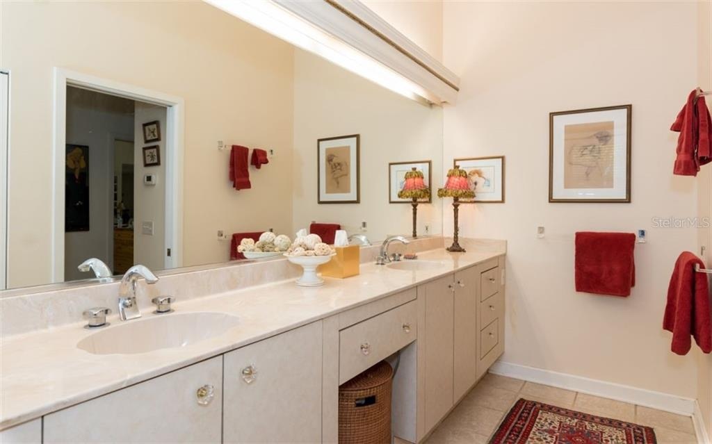 Main House Master Bathroom - Single Family Home for sale at 7865 27th St E, Sarasota, FL 34243 - MLS Number is A4400492