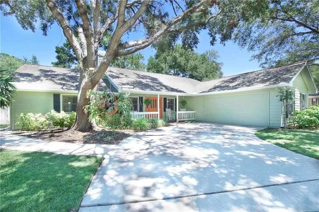 Single Family Home for sale at 4803 2nd Avenue Dr Nw, Bradenton, FL 34209 - MLS Number is A4401000