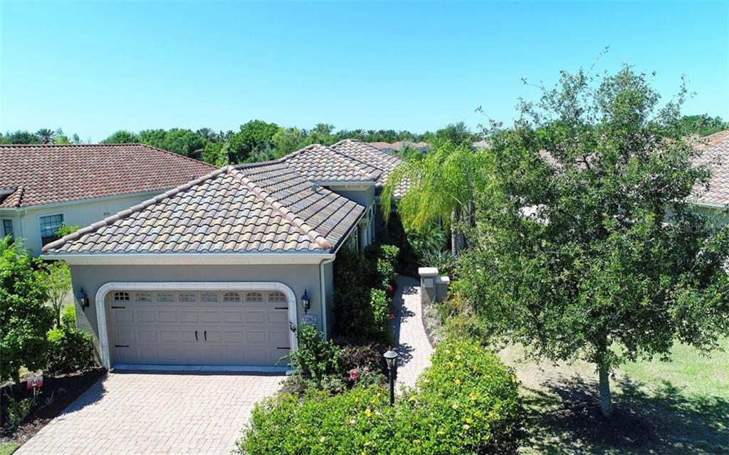 New Supplement - Single Family Home for sale at 7282 Belleisle Gln, Lakewood Ranch, FL 34202 - MLS Number is A4401082