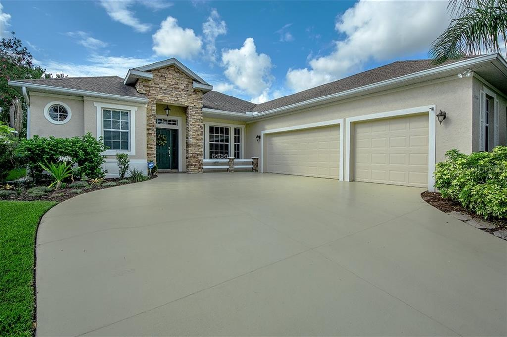 New Supplement - Single Family Home for sale at 14016 Nighthawk Ter, Lakewood Ranch, FL 34202 - MLS Number is A4402234