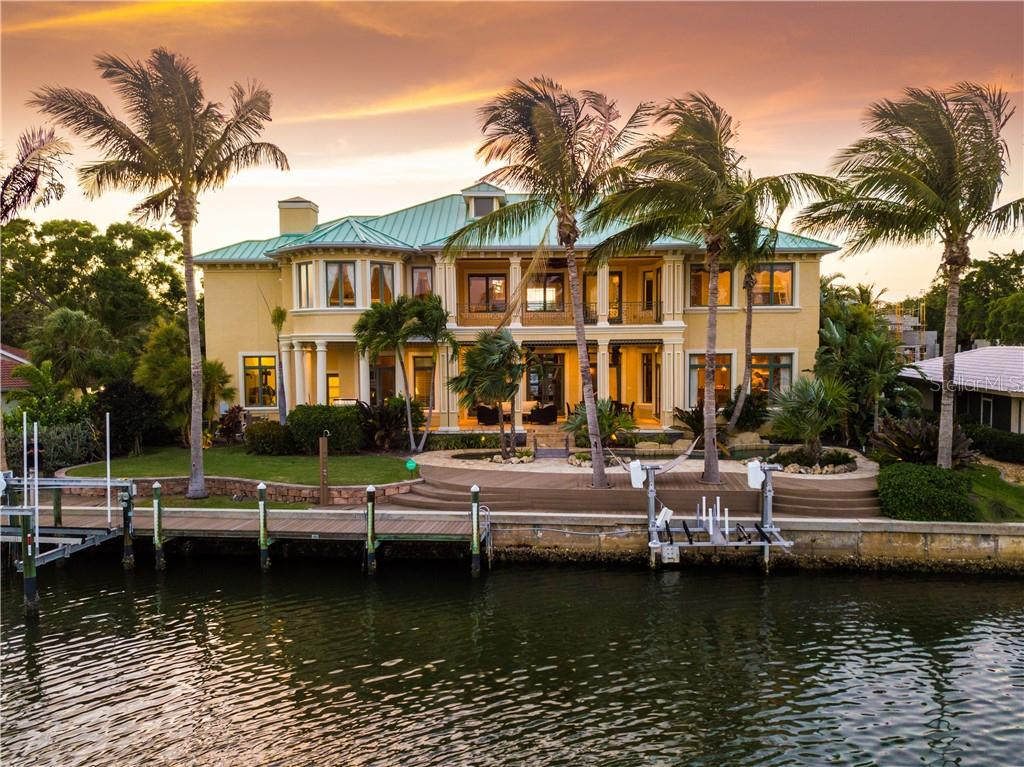 Canal View - Single Family Home for sale at 506 Venice Ln, Sarasota, FL 34242 - MLS Number is A4402493