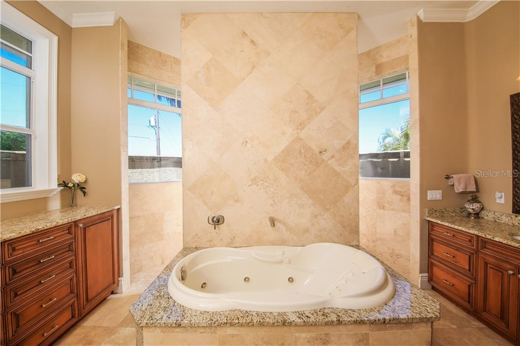Master Bath - Single Family Home for sale at 432 Sorrento Dr, Osprey, FL 34229 - MLS Number is A4402898