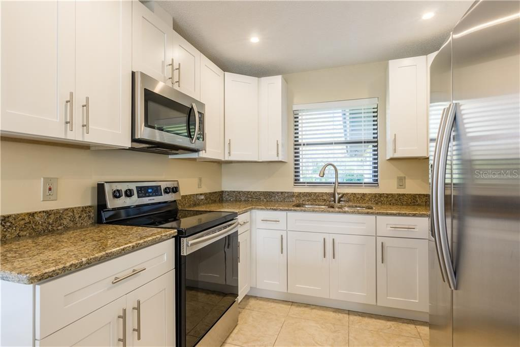 Villa for sale at 3606 Gleneagle Dr #9a, Sarasota, FL 34238 - MLS Number is A4403597