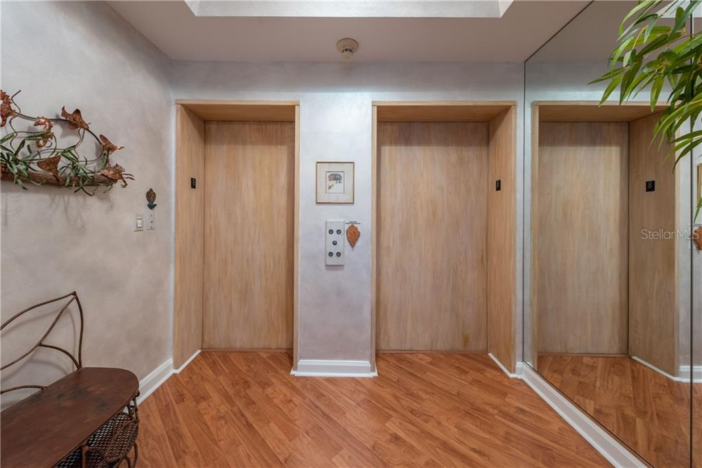 Step off the elevator directly into condo - Condo for sale at 435 L Ambiance Dr #k806, Longboat Key, FL 34228 - MLS Number is A4406683